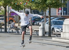 Skateboarder (Bob Edwards Photography - Picture Liverpool) Tags: skateboader pier pierhead liverpool sport action highspeed