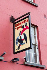 Ireland - Kilkenny - Guinness time! (Marcial Bernabeu) Tags: marcial bernabeu bernabéu irlanda ireland kilkenny ad advertising guinness beer cerveza sign cartel publicidad irish irlandes tucan toucan
