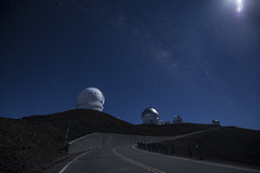 Mauna Kea, Hawaii (Rigsby'sUniquePhotography) Tags: maunakea hawaii volcano observatory stars landscape telescope moon sandisk canon aaronrigsby bigisland photography photographer explore wander snapshot