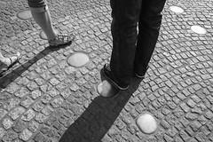 355/365 (Mirko Röhlich) Tags: streetfotografie streetphotography streetphotographybw streetphotographybnw street streets streetphotographer streetphotographers streetphoto streetphotobw monochrom blackandwhite bw people urban candid bnw monochrome