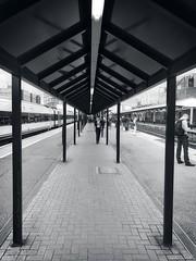 Leading from platform three - Woking Railway Station (dksesh) Tags: seshadri dhanakoti harita appleiphone7 appleiphone iphone7 woking sesh seshfamily haritasya hevilambisamvatsara apple iphone wokingrailwaystation platform2 noir