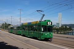 486 (200er Serie) Tags: tram drämmli schienenfahrzeug bvb basler verkehrsbetriebe grün cornichon schindler waggon pratteln
