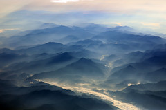 mysterious China (Jaws300) Tags: flying scenery flyingscenery from above airborne aloft fromabove cloud clouds cloudcover cover airbus a300 mountain mountains morning mist fog foggy haze hazy hill hills china smog