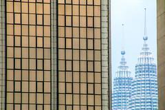 Petronas Twin Towers (Malay: Menara Petronas, or Menara Berkembar Petronas), Kuala Lumpur, Malaysia (Frans.Sellies) Tags: img2365 kualalumpur malaysia