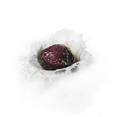 02469370891-90-Splash of Strawberry-5
