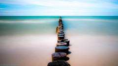 Silence (christopherbischof) Tags: fuji fujifilm fujifilmxe1 ostseestrand ostsee zingst wirinzingst baltischesmeer meer strand beach wasser water sea sky himmel horizont buhne buhnen mecklenburgvorpommern halbinsel halbinselzingst