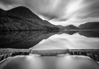 The wier Crummock Water