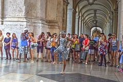 The dancer (misterblue66) Tags: nikon nikonpassion d3200 streetphoto lisboa lisbonne photomatix photomatixpro hdr