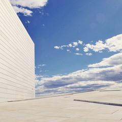 Mr Blue Sky (josephjamestaylor1994) Tags: norway oslo opera house blue sky