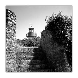 En haut de l'escalier (Port Manech, Finistère, juillet 2017)