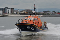 DSC_1846 (jakear) Tags: rnli lifeboat fleetwood blackpool barrow morcambe hovercraft