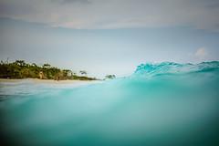 Entre Olas (Ibañez Matias) Tags: dicapac wp s10 nikon isla blanca mexico caribe