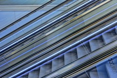 MOVING STAIRCASE (gianmaria.colognese) Tags: scalamobile stair