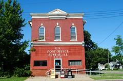 Bureau Junction, Illinois Post Office (Cragin Spring) Tags: bureaujunction bureaujunctionil bureajunctionillinois smalltown rural illinois il midwest unitedstates usa unitedstatesofamerica postoffice building oldbuilding