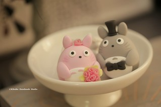 Love Totoro トトロ bride and groom custom wedding cake topper, japanese characters wedding decoration ideas