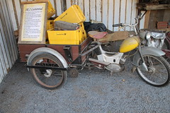 Postmoped SR2 (hmboo Electrician and Adventurer) Tags: zilly bikeschmiede simson sr2 gdr ddr post