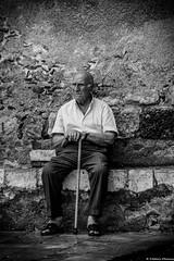 Le Sicilien (fredericpecheux) Tags: sicilien homme rue nb bw sicile