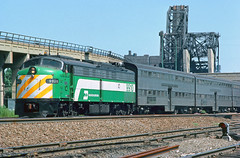 BN E9Am 9910 (Chuck Zeiler) Tags: bn e9 e9am 9910 railroad emd locomotive chicago train putz chuckzeiler chz edwinsputz
