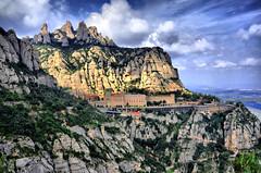 MontSerrat. (josepponsibusquet.) Tags: monestir muntanyes montaña serralada montserrat bages anoia baixllobregat catalunya catalonia cataluña natura naturaleza núvols nubes marededéudemontserrat