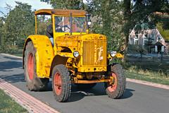 Hanomag tractor (6939) (Le Photiste) Tags: clay hanomagtractor ancienthanomagtractor tractor tracteur traktor traktoro ruinerwoldthenetherlands thenetherlands yellowyelloweverywhere simplyyellow agriculture agriculturevehicle afeastformyeyes aphotographersview autofocus alltypesoftransport artisticimpressions blinkagain beautifulcapture bestpeople'schoice creativeimpuls cazadoresdeimágenes canonflickraward digifotopro damncoolphotographers digitalcreations django'smaster friendsforever finegold fairplay greatphotographers gearheads giveme5 groupecharlie germany hairygitselite ineffable infinitexposure iqimagequality interesting livingwithmultiplesclerosisms lovelyflickr lovelyshot myfriendspictures mastersofcreativephotography niceasitgets ngc photographers prophoto photographicworld planetearthtransport planetearthbackintheday photomix soe simplysuperb slowride saariysqualitypictures showcaseimages simplythebest simplybecause thebestshot thepitstopshop themachines transportofallkinds theredgroup thelooklevel1red vigilantphotographersunitelevel1 vividstriking wheelsanythingthatrolls yourbestoftoday wow