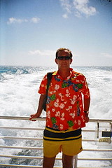 Key West (Roy Richard Llowarch) Tags: keywest keywestflorida keywestlocals travel travelling sunshine sunny sun florida floridakeys thefloridakeys people places beautifulplaces tropical tropicallife shirts usa vacation vacations royllowarch royrichardllowarch llowarch holidays holiday fun outdoor outside color colour colorful colourful 2004 2005 duvalstreet duvalstreetkeywest keywestbars tourism tourist tourists islands island bars shops restaurants water