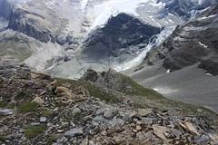 le monde glaciaire se retire... (bulbocode909) Tags: valais suisse valdanniviers valdetourtemagne coldesarpettes montagnes nature rochers glaciers moraine vert neige glace