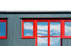 minimalist II (Lunor 61 (Irene Eberwein)) Tags: minimalurban minimalismus minimalist minimalzine architectureminimal minimallove minimalperfection cleanfacade creativearchitecture simplicity urbanity archiminimal arkiminimal graphic graphism symmetry lines textures clouds pentax ireneeberwein