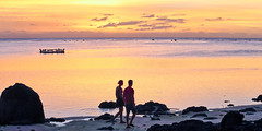 A sunset to remember 2/3 - Aitutaki, Cook Islands (geemuses) Tags: aitutaki cookislands pacific southpacific sunset color colors colour sea water ocean landscape view scenic scenery beauty coupleromance love sun sky skies