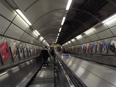 Down The Dustpipe (Ian R. Simpson) Tags: escalator descending staircase londonunderground underground tube monument bank station stations tubestation tubestations undergroundstation railwaystation