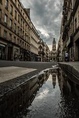 The right vantage point! (Sam-H-A) Tags: paris france reflection parisian europe street fujifilmxt2 xt2 fujifilm fujinon