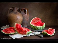 BODEGÓN CON TROZOS DE SANDÍA (Miguel Calleja) Tags: bodegón stilllife naturemorte naturamorta sandía watermelon pastèque