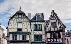 Auray (Sohmi ︎) Tags: france french bretagne brittany auray morbihan outside maisons citycenter nikond810 tamronsp2470mm ©sohmi wwwsohmifr colombage timbered wooden analre