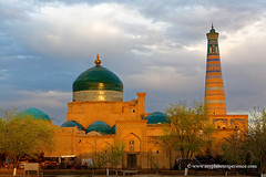 Uzbekistan (My Planet Experience) Tags: khiva xiva itchankala madrasah minaret islam khodja unesco worldheritagesites sunset muslim architecture silk road route central asia ouzbékistan oʻzbekiston узбекистан uz uzbekistan myplanetexperience wwwmyplanetexperiencecom