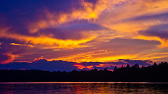 Into the heart of Sunday's Sunset (Bob's Digital Eye) Tags: 2017 bobsdigitaleye canon efs24mmf28stm flicker flickr h2o lakescape sunset sunsetsoverwater t3i laquintaessenza lake lakesunsets sky clouds