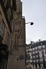 Eric Fonteneau (emilyD98) Tags: silhouette personnage sculpture paris fonteneau éric street art insolite rue mur wall urban exploration city ville installation