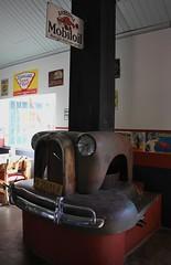 Canon Roadside Cafe Namibia (2) (ailognom2005) Tags: canonroadsidecafe namibia trucks oldcars bar cafe