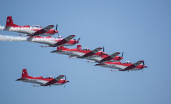 PC 7 TEAM swiss army (Andrés García González) Tags: gijón principadodeasturias españa es pc7 team ejercito aire suizo swiss army patrulla acrobatica festival aereo