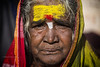 MAHAAKUTA : PORTRAIT DE FEMME EN JAUNE (pierre.arnoldi) Tags: inde india pierrearnoldi mahaakuta karnataka photoderue photocouleur photooriginale portraitdefemme canon tamron
