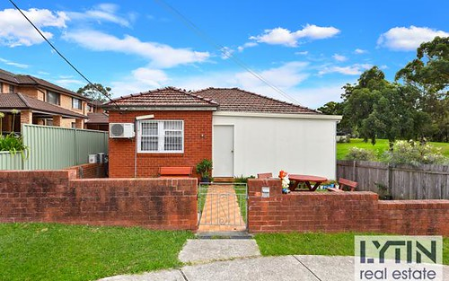 68 Fourth Av, Campsie NSW 2194