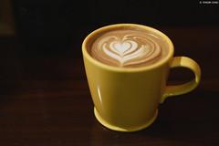 Rufous Coffee・Taipei City (Iyhon Chiu) Tags: rufous coffee taipei city mug cup latte caffelatte cafe coffeeshop latteart ラテ コーヒー カフェ 珈琲 咖啡 拿鐵 拉花 台北 台灣