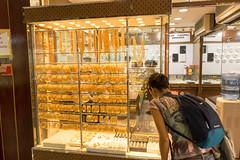 Gold Market (tesKing (Italy)) Tags: abudhabi dubai emiratiarabi goldmarket goldsouk sandra uae emiratiarabiuniti ae