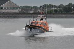 DSC_1703 (jakear) Tags: rnli lifeboat fleetwood blackpool barrow morcambe hovercraft