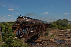 Big G's on RUPO (jc_canon) Tags: panamrailways panam rupo androscogginriver emdgp40 emd gp40 bm334 d1 auburnmaine bridge railroadbridge train freight freighttrain