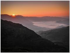 Pen-y-pass sunrise (Hugh Stanton) Tags: sunrise valley mountain horizon appicoftheweek