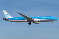 KLM / B789 / PH-BHG / EHAM 06 (_Wouter Cooremans) Tags: eham ams amsterdam amsterdamschipholairport amsterdamschiphol schiphol spotting spotter avgeek aviation airplanespotting klm b789 phbhg 06
