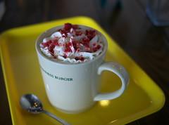 Raspberry White Mocha (Long Sleeper (busy!)) Tags: drink cafe freshnessburger mocha raspberrywhitemocha raspberry whitechocolate mug cup spoon tray yellow hino tokyo japan dmcgx1