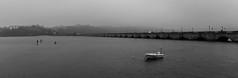 San Vicente de la Barquera - Puente de la Maza (juanda021282) Tags: cantabria mar marcantábrico blancoynegro blackandwhite sea sanvicentedelabarquera