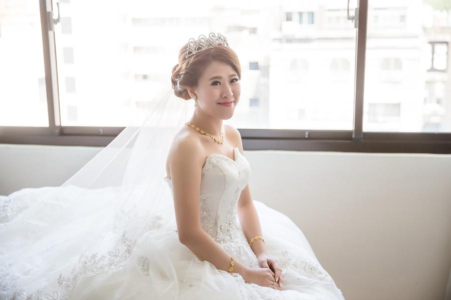 [婚攝] 醫仲 & 筱雯 / 高雄翰品酒店