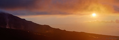 Le lever du soleil sur le volcan