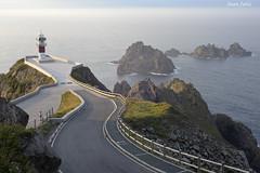 Cabo Ortegal, Cariño, A Coruña, España (juliachocis) Tags: faro cabo atardecer spain galicia españa galiza color paisaje landscape